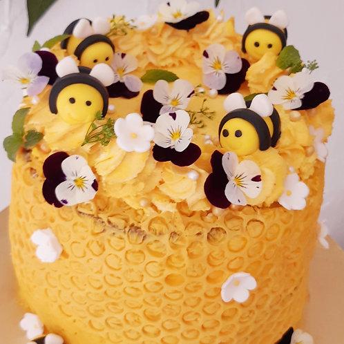 Atelier thème abeilles, fleurs et papillons
