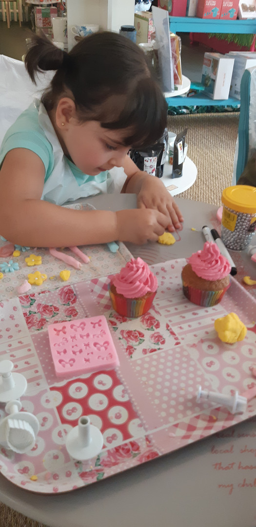 Atelier Cupcakes - Boutique Pool Party