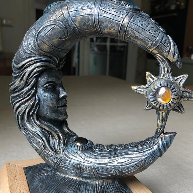Luna e Sole scultura.MOV