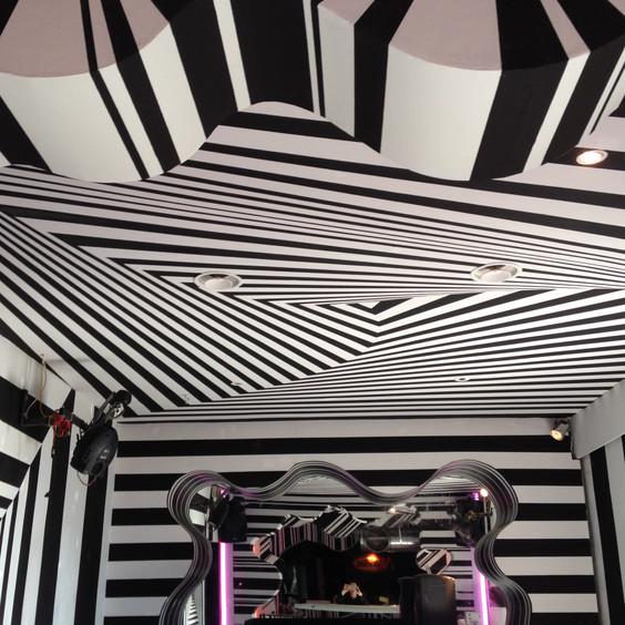 Club La Buca Montese_illusion room.JPG