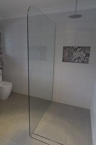 Artesian Glass Shower and Bath Screens