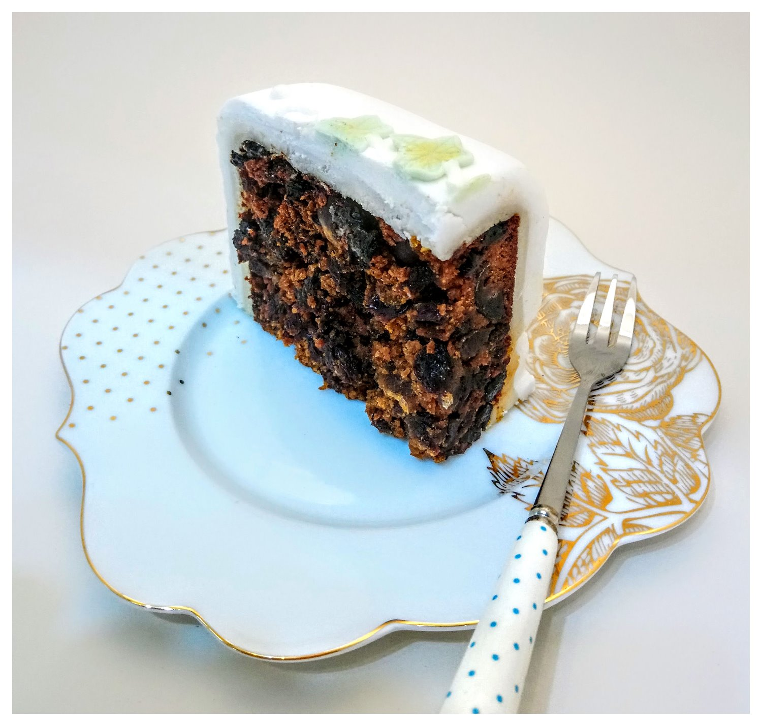 Delicious brandy fruit cake