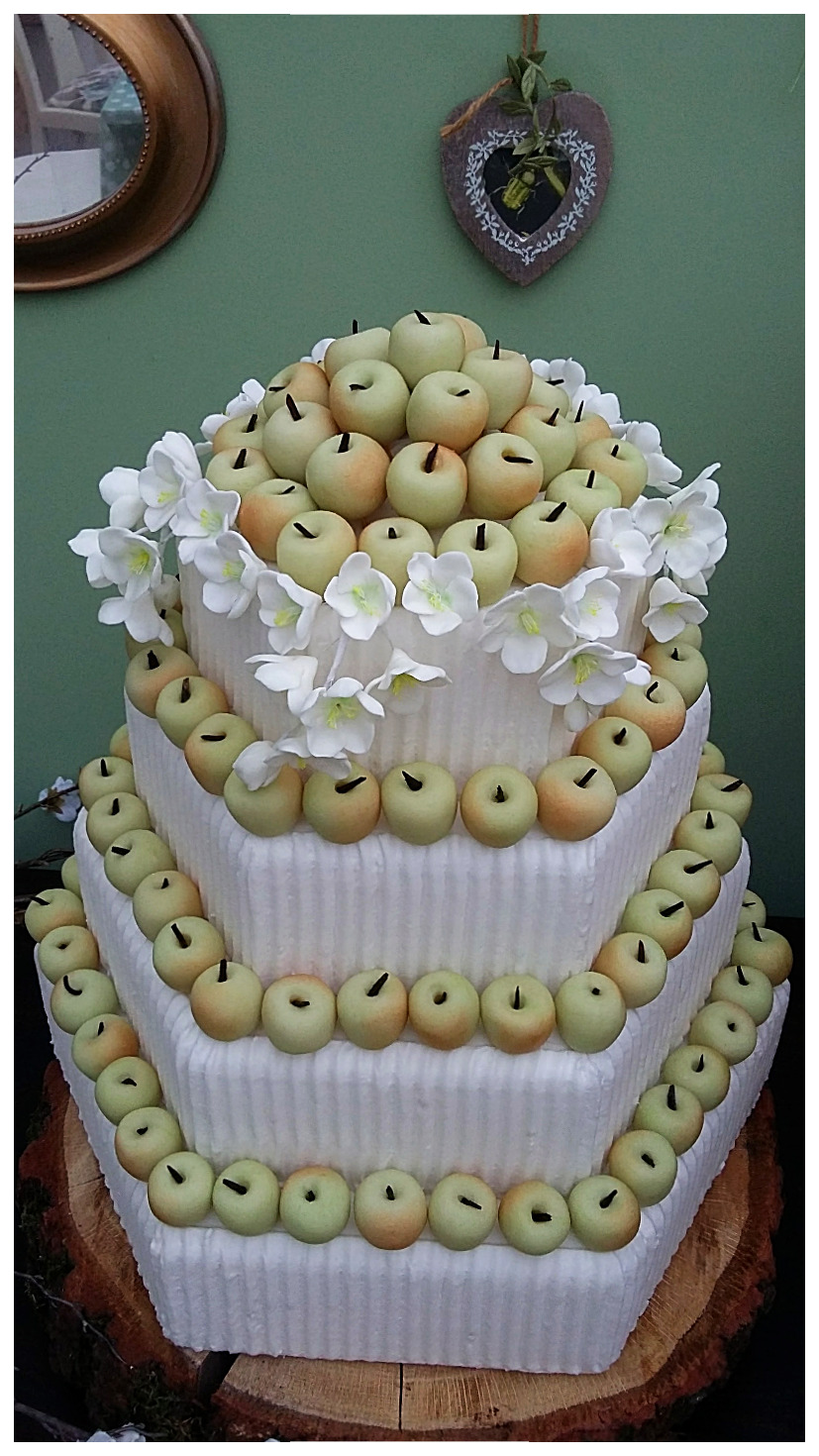 Marzipan apples hexagonal cake