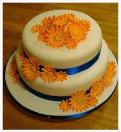 Orange gerbera cake