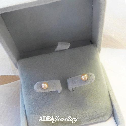 (4.5-5mm)淡橙色 4A級淡水珍珠耳環 4A grade Light Orange Fresh Water Pearl Studs Earrings