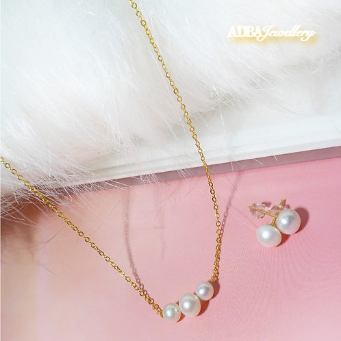 Cute Heart Necklace with Earrings Set
