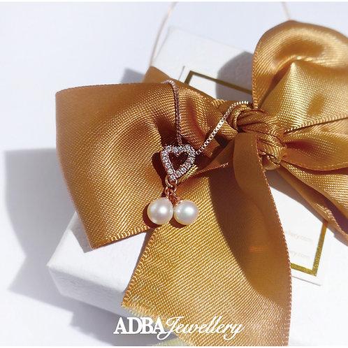 心心皓石圓形淡水珠項鏈 Heart Shape Fresh Water Pearl Necklace with Zircon