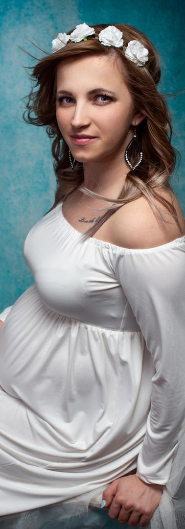 PREGNANCY PHOTOSHOOTS