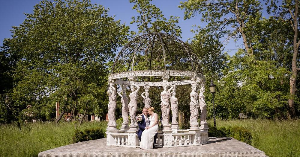 elopement-small-wedding