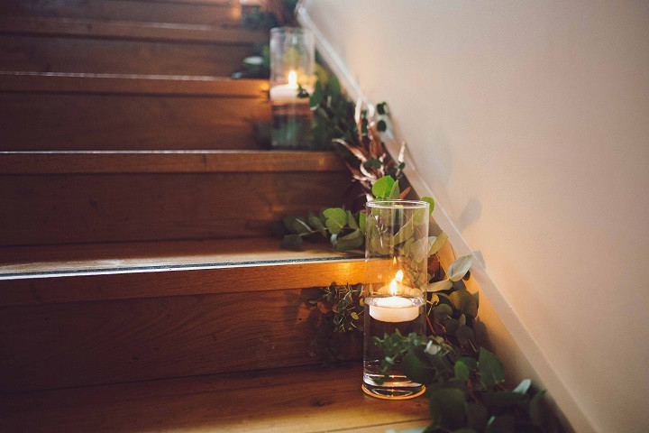 wedding-candles-decor-winter