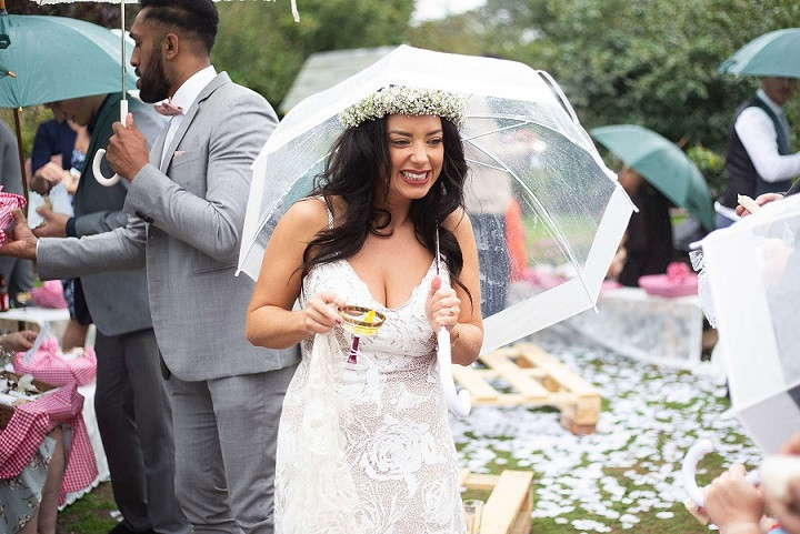Outdoor-wedding-umbrella