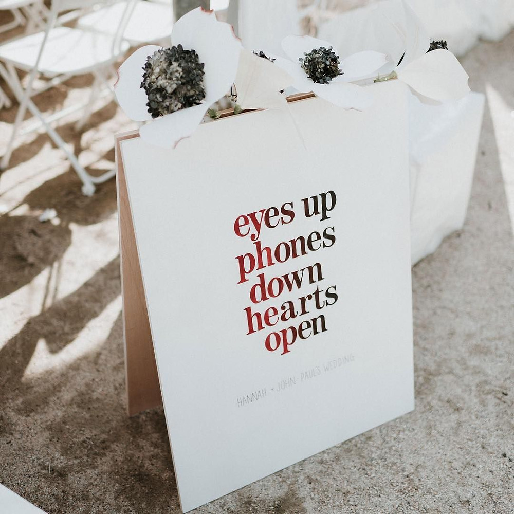 wedding-signage-unplugged-wedding