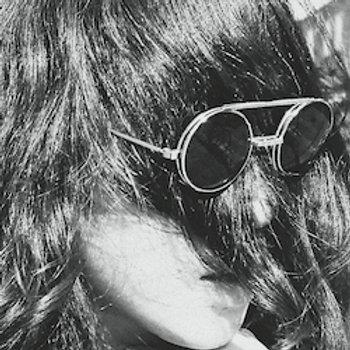 """Hazy Eyes Maybe / Knowing'7"""" Single"""