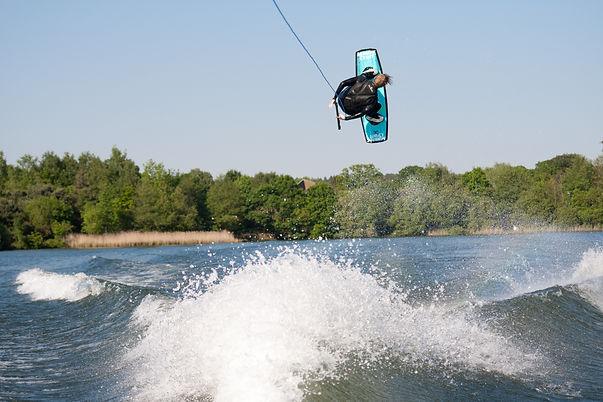 wakeboard1.jpg