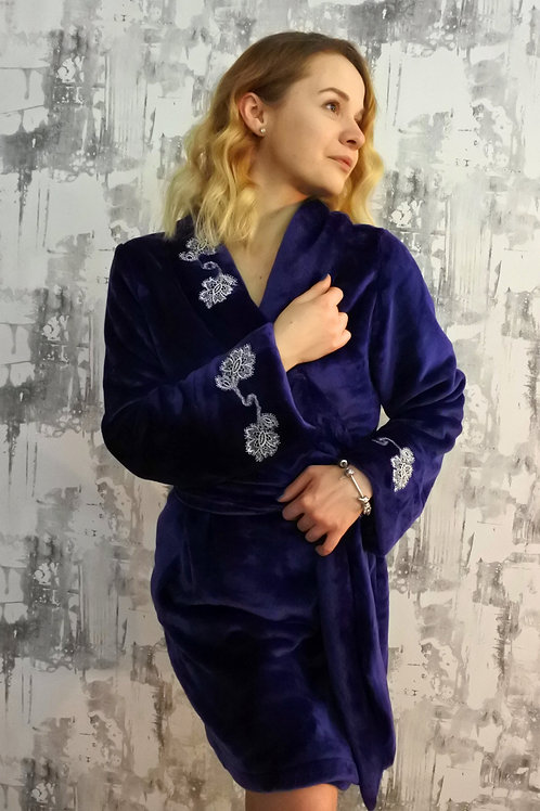 Women's short navy plush fleece robe with shawl collar