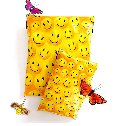 10ct 6x9 smiley face poly mailer