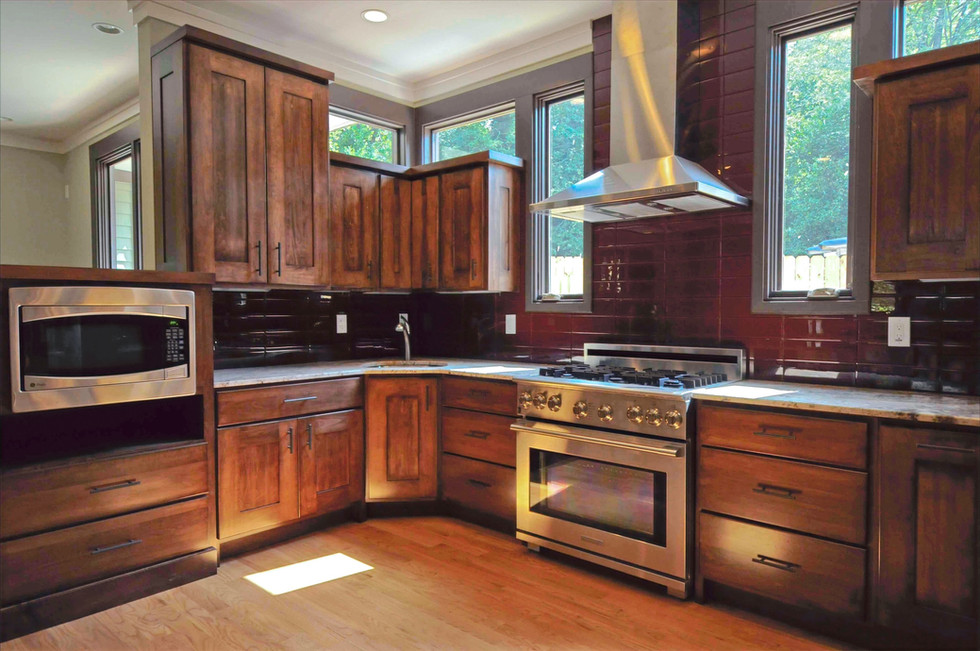 Kitchen2_edited.jpg