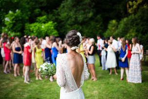 Pros and Cons of Having a Destination Wedding