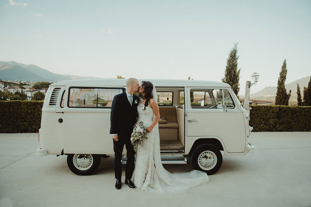 wedding photo car