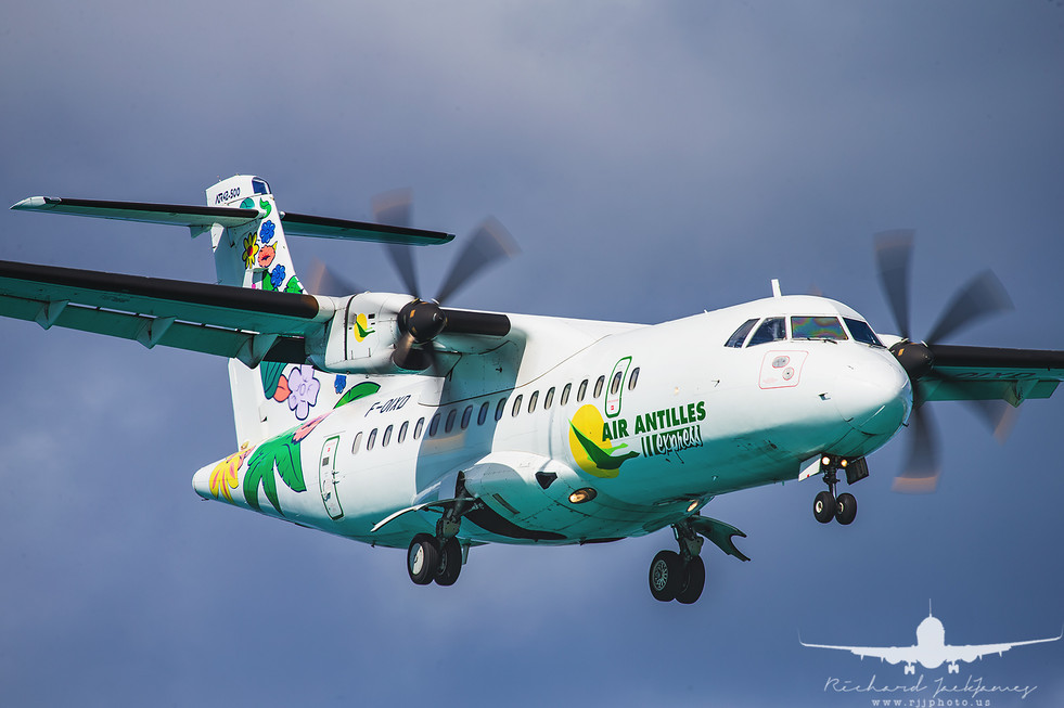 Air Antilles ATR 42-500 F-OIXD
