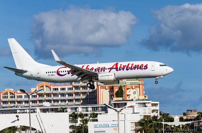 Caribbean Airlines B737-800 9Y-MBJ