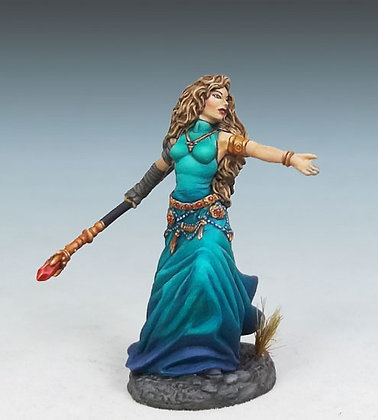 Female Mage with Staff - DSM7308