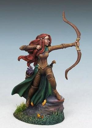 Female Elven Ranger with Bow – DSM7450