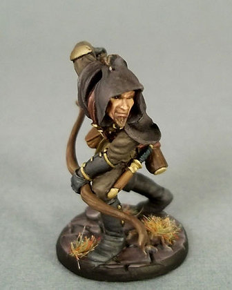 Male Thief/Ranger with Bow - DSM7305