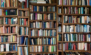 Marie Kondo: Please don't throw away my Books!