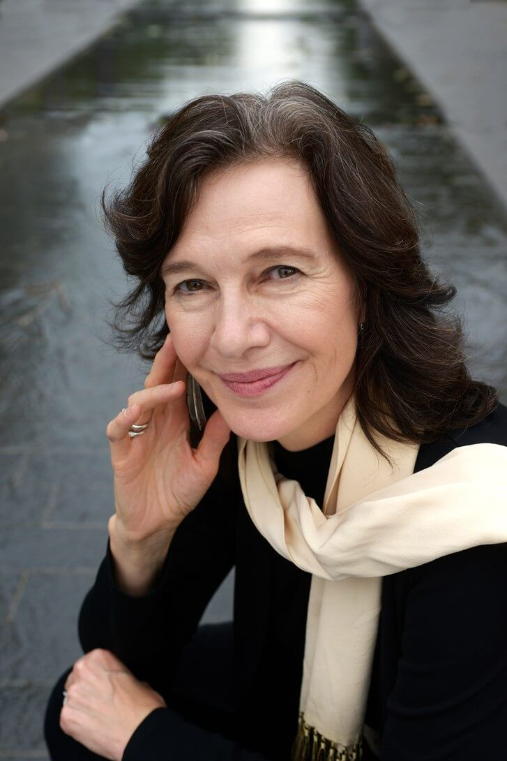 Louise Erdrich posing for The New Yorker, image courtesy of The New Yorker