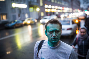 Why does the West refuse to acknowledge Navalny as a martyr?