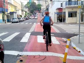 Em relação ao aumento no uso, queda nas mortes de ciclistas foi de 60% em São Paulo