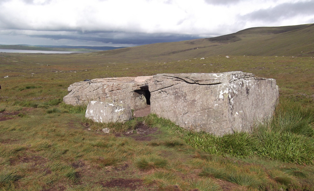 Dwarfie Stane, Rackwick valley, Hoy rock cut tomb