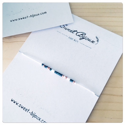 Bracelet Blanc Fin Bleu Foncé et Blanc