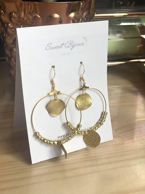 Boucles d'oreilles perles dorées