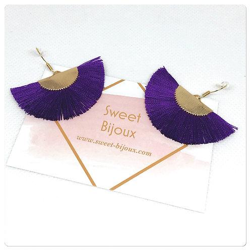 Boucles d'oreilles pompon violet