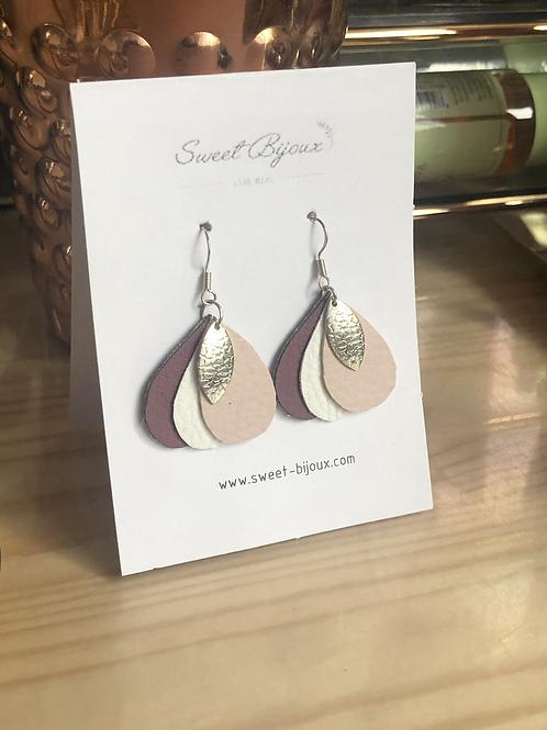 Boucles d'oreilles cuir goutte rose violet