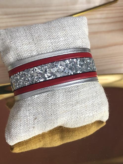 Bracelet en cuir rouge et argenté