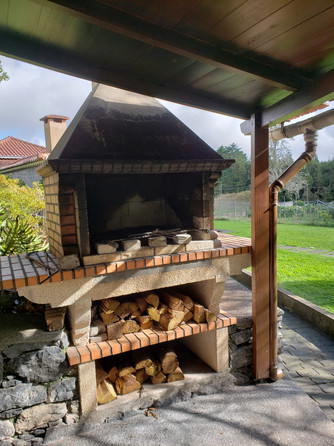 Wood Grill