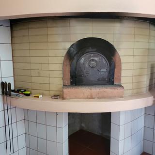 Kitchen_Oven CU.jpg