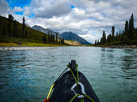 Mit dem Kanu durch Kanada: 700 Kilometer (viel) (Zeit)-Reise mit Stromschnellen