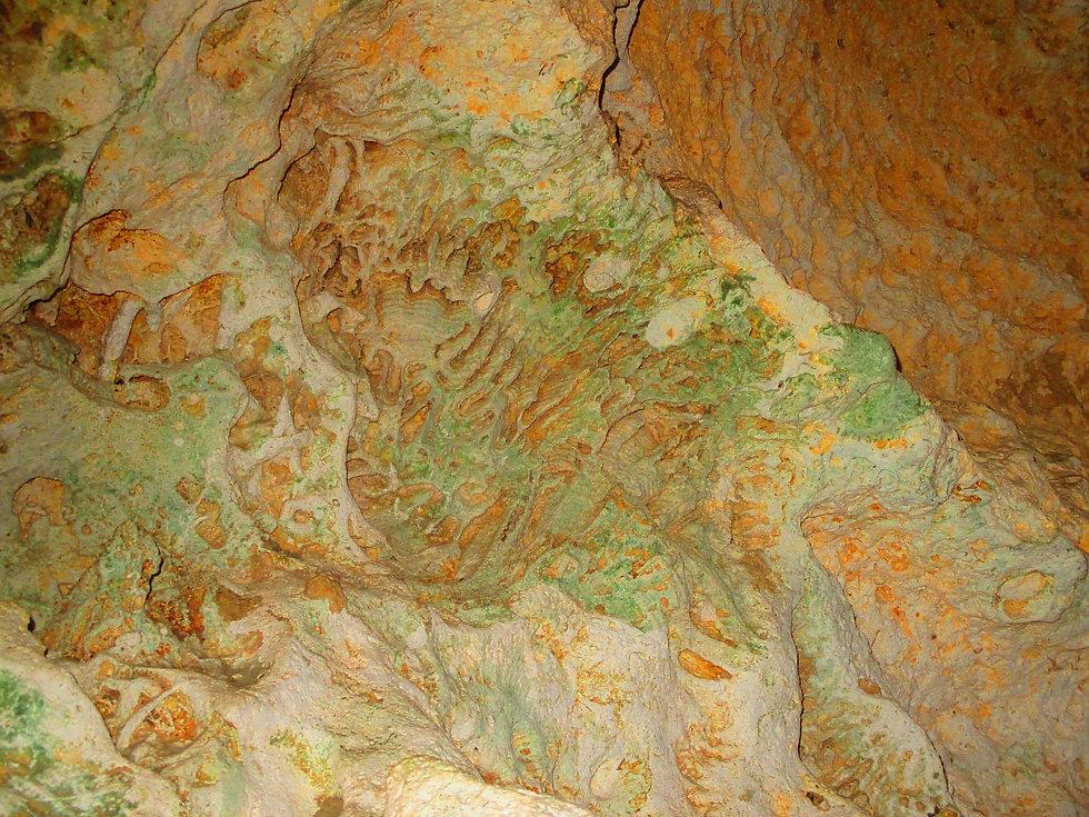 rocks-211607_1920.jpg