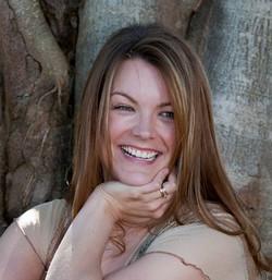 Amanda Knight Author