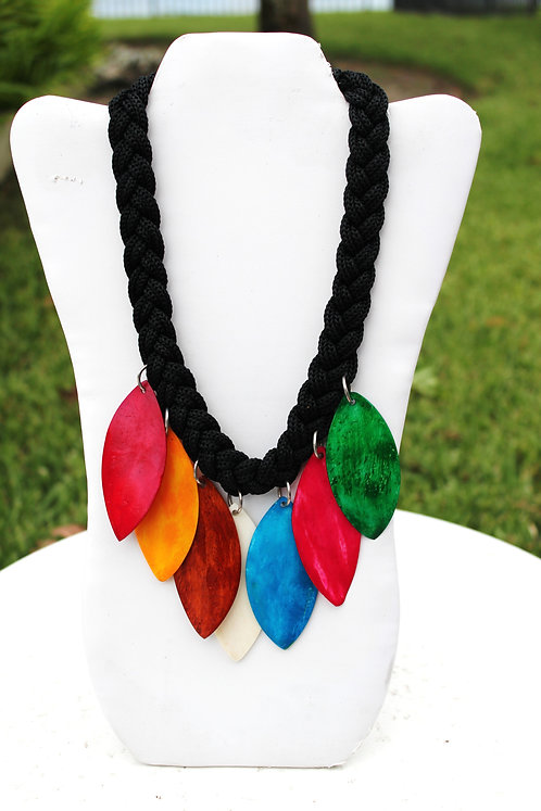 Allure Wooden Necklace