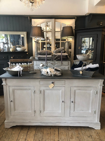 French Shop Counter