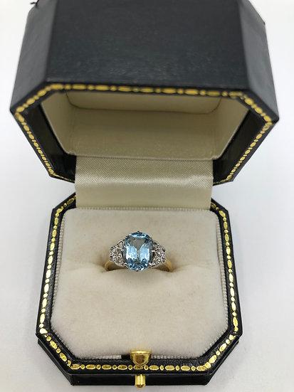 Aquamarine , Gold & Platinum Ring c1960