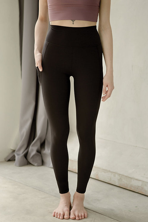 Breathe Easy High Rise Performance Tights - Classic Black