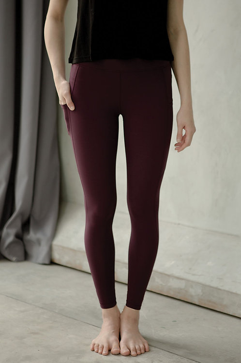 Breathe Easy High Rise Performance Tights - Windsor Wine