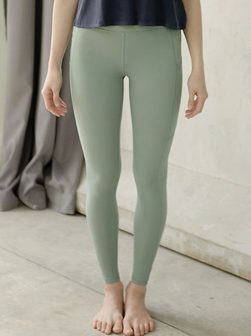 Breathe Easy High Rise Performance Tights - Chinois Green