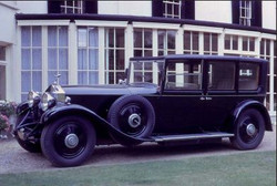 Mona - Phantom 11 - 1930.JPG
